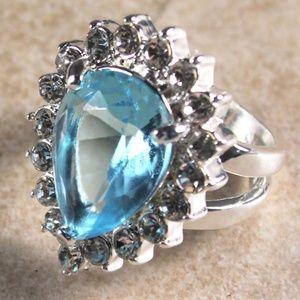 Jewelry - SILVER Sky Blue Topaz & Crystal Teardrop Ring